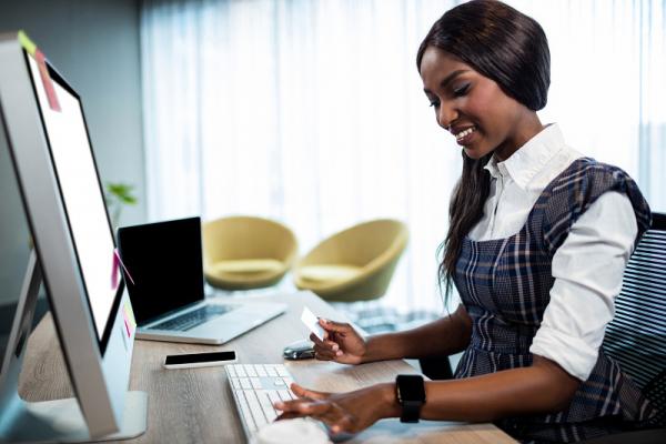 Rekomendasi Website Wanita yang Bisa Menginspirasimu